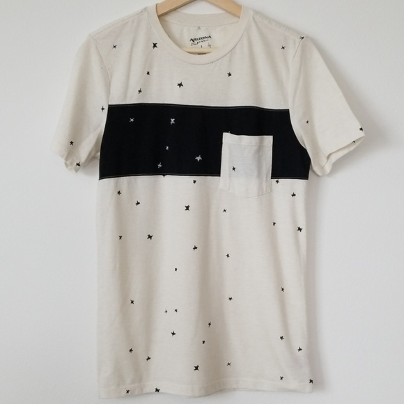 Arizona Jean Company Other - Stars Off White Colorblock Tee
